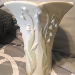 Lenox Lily of the valley vase